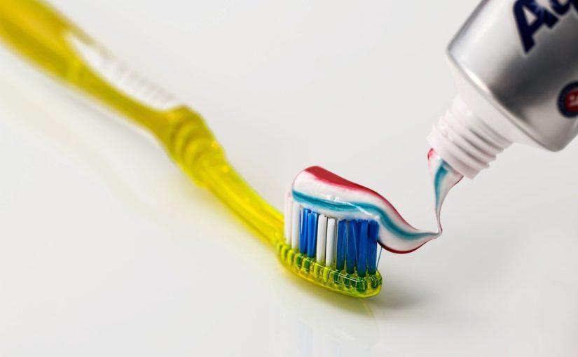 O zdrowe i piękne zęby trzeba właściwie chronić.